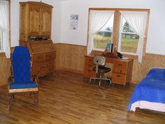 amish home interior