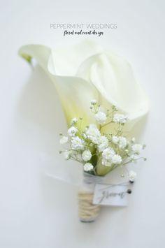 Classic calla lily wedding bouquets bridesmaids white and purple Calla Lily Boutonniere, Calla Lily Bouquet, Calla Lillies, Bride Bouquets, Bridesmaid Bouquet, Calla Lily Wedding, Pavilion Wedding, Bridal Flowers, Marie