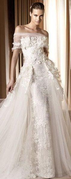 Yet aNother dreamy wedding dress! Elie by Elie Saab Bridal Beautiful Wedding Gowns, Dream Wedding Dresses, Bridal Dresses, Beautiful Dresses, Elie Saab Bridal, Mode Glamour, Elie Saab Couture, Wedding Attire, Boho Wedding