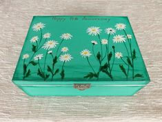 Wood Tea box with Ox-Eye Daisy, hand painted custom floral chest for tea drinker jewelry treasures, Blue wooden keepsake Tea storage box - Informations About Wood Tea box with Ox-Eye Daisy, hand painted custom floral chest for tea drinker - Painted Wooden Boxes, Painted Jewelry Boxes, Hand Painted, Wooden Memory Box, Wooden Keepsake Box, Tea Storage, Storage Boxes, Storage Ideas, Handmade Jewelry Box