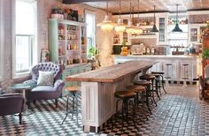 Shabby chic kitchen, from renovation to decoration