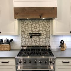 Kitchen Stove, Kitchen Redo, Home Decor Kitchen, Rustic Kitchen, Kitchen Remodel, Kitchen Design, Kitchen Cabinets, Dark Cabinets, Stove Backsplash