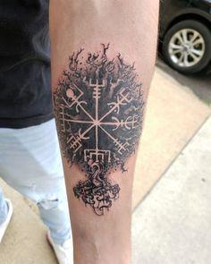 #geometrictattoos hashtag on Instagram • Photos and Videos Baby Feet Tattoos, Daddy Tattoos, Future Tattoos, Body Art Tattoos, Name Tattoos For Moms, Baby Name Tattoos, Couple Tattoos, Viking Tattoo Design, Viking Tattoos
