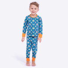 Einen Kinderschlafanzug bzw. Pyjama aus Jersey einfach selber nähen - Anleitung und Schnittmuster für Shirt und Hose mit Gummibund - Mit Nähvideos!