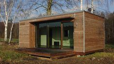 Potřebujete rychle bydlet? Pořiďte si mobilní dům! - HomeInCube Garden Office, Tiny House, Shed, Outdoor Structures, House Design, Tiny Houses, Architecture Design, House Plans, Home Design