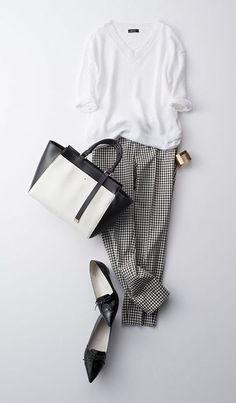 Minimalist Fashion Tips: 24 Womens Minimal Outfits - Biseyre Office Fashion, Work Fashion, Fashion Looks, Chic Fall Fashion, Mode Outfits, Casual Outfits, Fashion Outfits, Fashion Trends, Work Casual