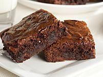 Brownies di pane e cioccolato: la ricetta che recupera il pane avanzato