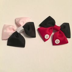 Mickey and Minnie hairbows added to the shop! Super fun to make