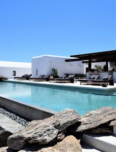 Kalesma, the new luxurious boutique hotel in Mykonos you should check out Athens Restaurants, Local Eatery, Mykonos Hotels, Greek Design, Private Yacht, Hot Beach, Spa Treatments, Workout Rooms