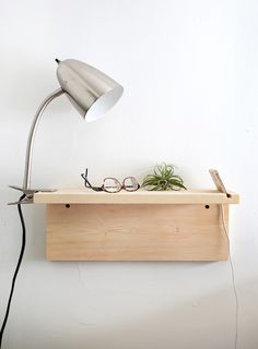 38 space saving diy floating nightstand ideas for your bedroom - Diy Furniture Beds Ideen Minimalist Bedroom, Minimalist Decor, Minimalist Nightstand, Shelf Nightstand, Nightstand Ideas, Nightstands, Floating Nightstand Ikea, Deco Studio, Apartment Bedroom Decor