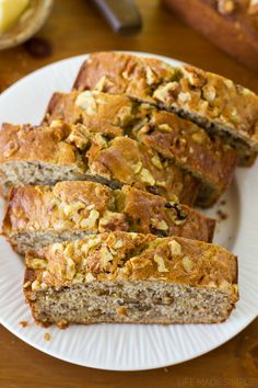 Moist and tender sweet bread full of ripe bananas and covered in chopped walnuts. My mom's buttermilk banana bread is simply the best! Buttermilk Banana Bread, Buttermilk Cornbread, Buttermilk Recipes, Banana Bread Recipes, Recipe For Mom, Sweet Bread, Make It Simple, The Best, Cooking Recipes