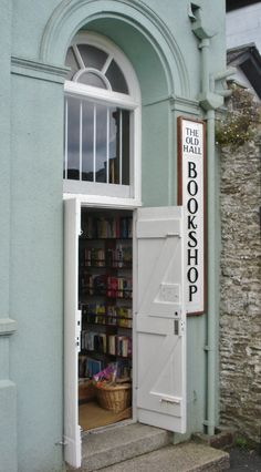 aquieterstorm: aboutbookstores: The Old Hall Bookshop - Looe - England (via: teachingliteracy)