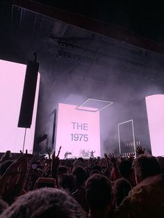 aesthetic pink the 1975 Reading Festival The 1975 Lyrics, The 1975 Concert, Music Lyrics, Bedroom Wall Collage, Photo Wall Collage, Picture Wall, Aesthetic Iphone Wallpaper, Aesthetic Wallpapers, The 1975 Wallpaper