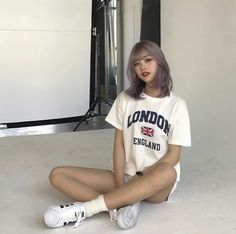 Find images and videos about girl, love and fashion on We Heart It - the app to get lost in what you love. Korean Bangs Hairstyle, Hair Inspiration, Hair Inspo, Two Color Hair, Blonde Asian, Korean Short Hair, Shot Hair Styles, Ulzzang Korean Girl, Uzzlang Girl