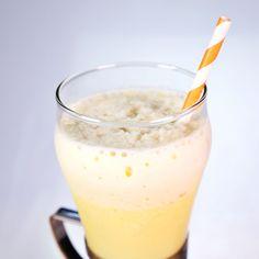 Orange Julius Mario Batali - the Chew Orange Smoothie, Pear Smoothie, Smoothie Drinks, Fruit Smoothies, Smoothie Recipes, Drink Recipes, Summer Drinks, Fun Drinks, Healthy Drinks