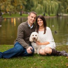 http://www.facebook.com/pages/Debbie-Gravina-Photography/420628836039 family photo with couple and dog