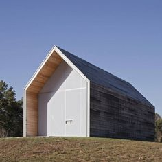 Pre-fab(ulous) shed. Hufft projects. www.hufft.com