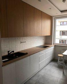 Kitchen Room Design, Kitchen Cabinet Design, Modern Kitchen Design, Kitchen Layout, Home Decor Kitchen, Interior Design Kitchen, Kitchen Ideas, Apartment Kitchen, Luxury Kitchens