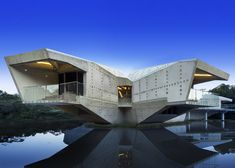 Stamp-House-by-Charles-Wright photo credit-Patrick Bingham Hall    #architecture #concrete #beautiful