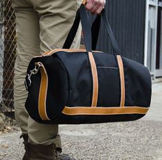 Blue Claw's Dunnage Duffel bag. Light Leather. Image 2.