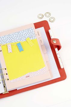 Organise your kikki.K Tangerine Planner and get crafting with this cute paper bunting idea