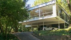 A landmarked home designed by the architect Donald Olsen, who studied under Walter Gropius at Harvard, has come on the market for the first time in Berkeley, California.
