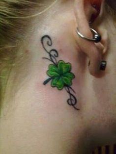 Back Tattoo Making: Irish Tattoos Foot Tattoos, Cute Tattoos, Beautiful Tattoos, Body Art Tattoos, Girl Tattoos, Wrist Tattoos, Tatoos, Flower Tattoo Ear, Small Flower Tattoos