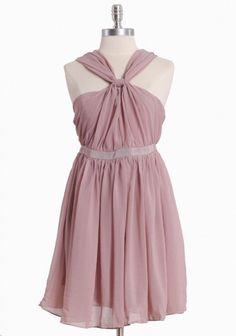 Love the color & style of this bridesmaid dress <3