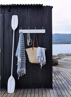 Porch towel rack