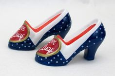 Lucille Ball I love Lucy Salt Pepper Shoes Collectible Vandor SP Nostalgic I Love Lucy Show, My Love, Pink Loveseat, Family World, The Brady Bunch, Mary Tyler Moore, Partridge Family, New Heart, Lucille Ball