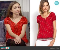 Riley's red printed peasant top on Girl Meets World. Outfit Details: https://wornontv.net/56516/ #GirlMeetsWorld