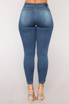 Black Girl Fashion, Curvy Women Fashion, Womens Fashion, Best Jeans For Women, Superenge Jeans, Sweet Jeans, Skinny Fit, Skinny Jeans, Perfect Jeans