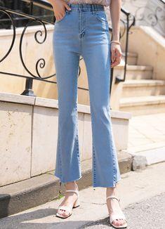 Styleonme_High Rise Fitted Bootcut Jeans . . #styleonme_global #fashion #instagood #picoftheday #photooftheday #style #ootd #mixandmatch #shopping #instadaily #instafashion #selfie #fashionstagram #kstyle #kfashion #koreanlook #koreandaily #koreanfashion #kbeauty #followme #like4like #dailylook #styleonme #classy #koreanfashion #fashionkorea #ontrend #newarrivals #transitionalclothing #kdramafashion #ss21 #bootcutjeans #jeans #summerjeans #highwaistjeans #highrisejeans Jeans Pants, Mom Jeans, Korean Look, Summer Jeans, High Rise Jeans, Korean Women, Daily Look, Bell Bottom Jeans, Korean Fashion