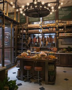 Holborn Delicatessen, next door to the Holborn Dining Rooms (both in the Rosewood Hotel, London). Best for brekkie! Bakery Cafe, Cafe Restaurant, Restaurant Design, Holborn Dining Room, Dining Rooms, Zigarren Lounges, Carnicerias Ideas, Deli Shop, Rosewood Hotel