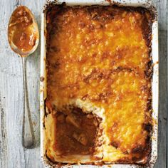 PHASE 2 - Beef and cauli mash shepherds pie Banting Diet, Banting Recipes, Low Carb Recipes, Beef Recipes, Cooking Recipes, Healthy Recipes, Lchf, Cauliflower Mash, Recipes
