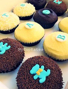 'It's a boy!' Cupcakes