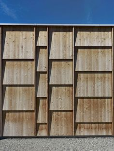 ideas for exterior wood cladding inspiration Cladding Design, House Cladding, Timber Cladding, Exterior Cladding, Wooden Facade, Wooden Walls, Wood Architecture, Architecture Details, Futuristic Architecture