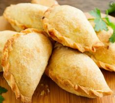 12 Steps to Perfect Traditional Chilean Empanadas Beef Empanadas, Empanadas Recipe, Pumpkin Empanadas, Pumpkin Pies, Gourmet Recipes, Snack Recipes, Cooking Recipes, Healthy Recipes, Chilean Recipes