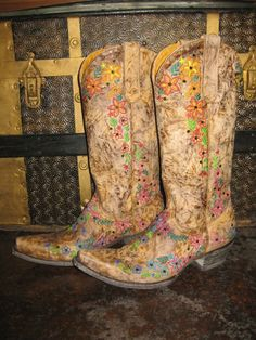 Old Gringo Sozey Cowgirl Boots at RiverTrailMercantile.com!