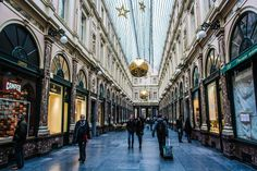 Visit the Galeries SaintHubert & experience the magic of #Christmas in #Brussels (c)FélixPrado