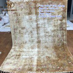 Handmade Silk Carpets & Rugs from Yilong Carpet factory.#art #handknottedpersiansilkrugs #silkpersainrug #orientalcarpetrug #100%silkrugforsale #silkpersianrugforsale #silkrughandmade #silknainrugforsale #persianisfahanrugforsale #chinesehandknottedsilkrug #handmadepakistanirugs #persianfourseasonssilkrug #persiantreeoflifesilkrug