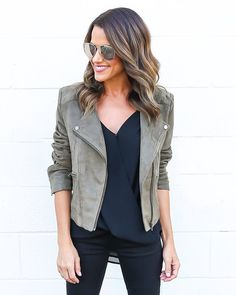 Our Go To Jacket is just that! This will be a staple in your wardrobe, especially in this fall hue. A gorgeous faux suede moto style jacket that is perfect with an asymmetrical front zip and pockets t