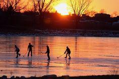 Pond hockey - All For Garden Outdoor Rink, Outdoor Ponds, Ice Skating, Figure Skating, Inline Hockey, Hockey Pictures, Hockey Season, Ice Hockey, Hockey Baby