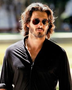 Hair And Beard Styles, Long Hair Styles, Actors Images, Friend Outfits, Good Looking Men, Gq, Mens Fashion, Fashion Trends, Sexy Men