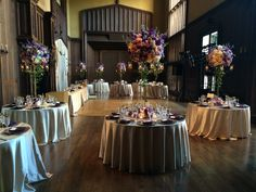 Old world elegance for a dinner reception at the Kohl Mansion.