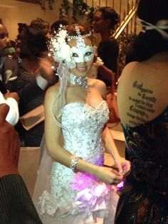 Our bride is ready to second line!