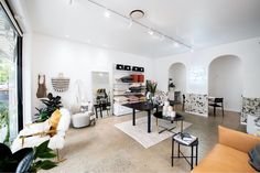 Alexa Nice has a new boutique showroom in James Street, New Farm. New Farm, Dining Room Design, Retail Therapy, Retail Design, Showroom, Interiors, Boutique, Interior Design, Street
