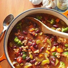 Italian Soup: Nutrient-packed kidney beans and broccoli make for a hearty and healthy soup.  More soups and stews: http://www.midwestliving.com/food/soups/favorite-soups-stews/