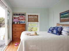 Beach Style Bedroom by Howell Custom Building Group Cottage Design, Home, Shabby Bedroom, Guest Bedroom Design, Blue And White Pillows, Beautiful Interiors, Beachfront Cottage, Beach Style Bedroom, Cottage Renovation