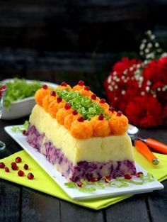 Food N, Food And Drink, Turkish Salad, Fun Deserts, Food Platters, Food Trends, Turkish Recipes, Appetisers, Frozen Yogurt
